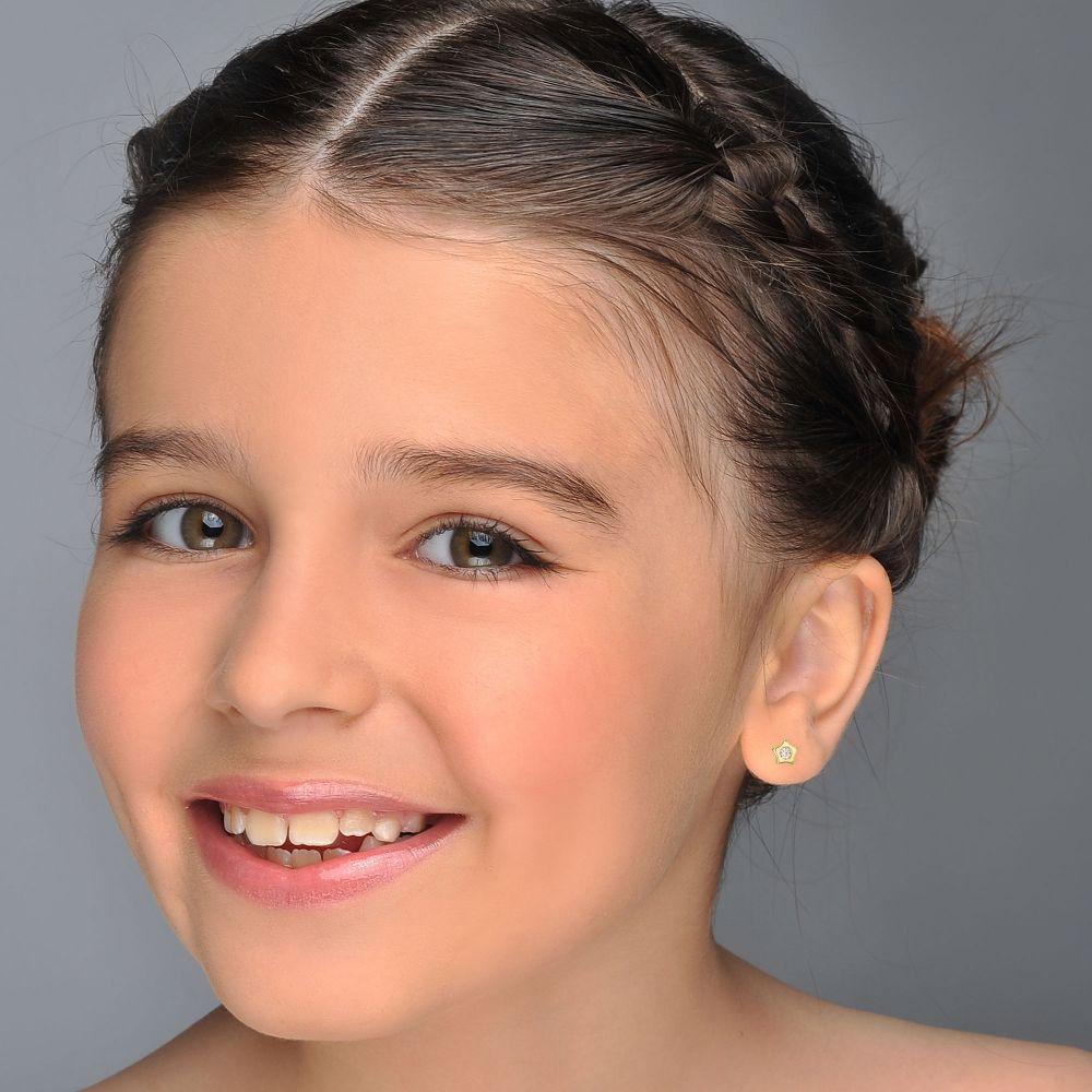 תכשיטים מזהב לילדות   עגילי זהב צמודים -  כוכב מנצנץ-עדין