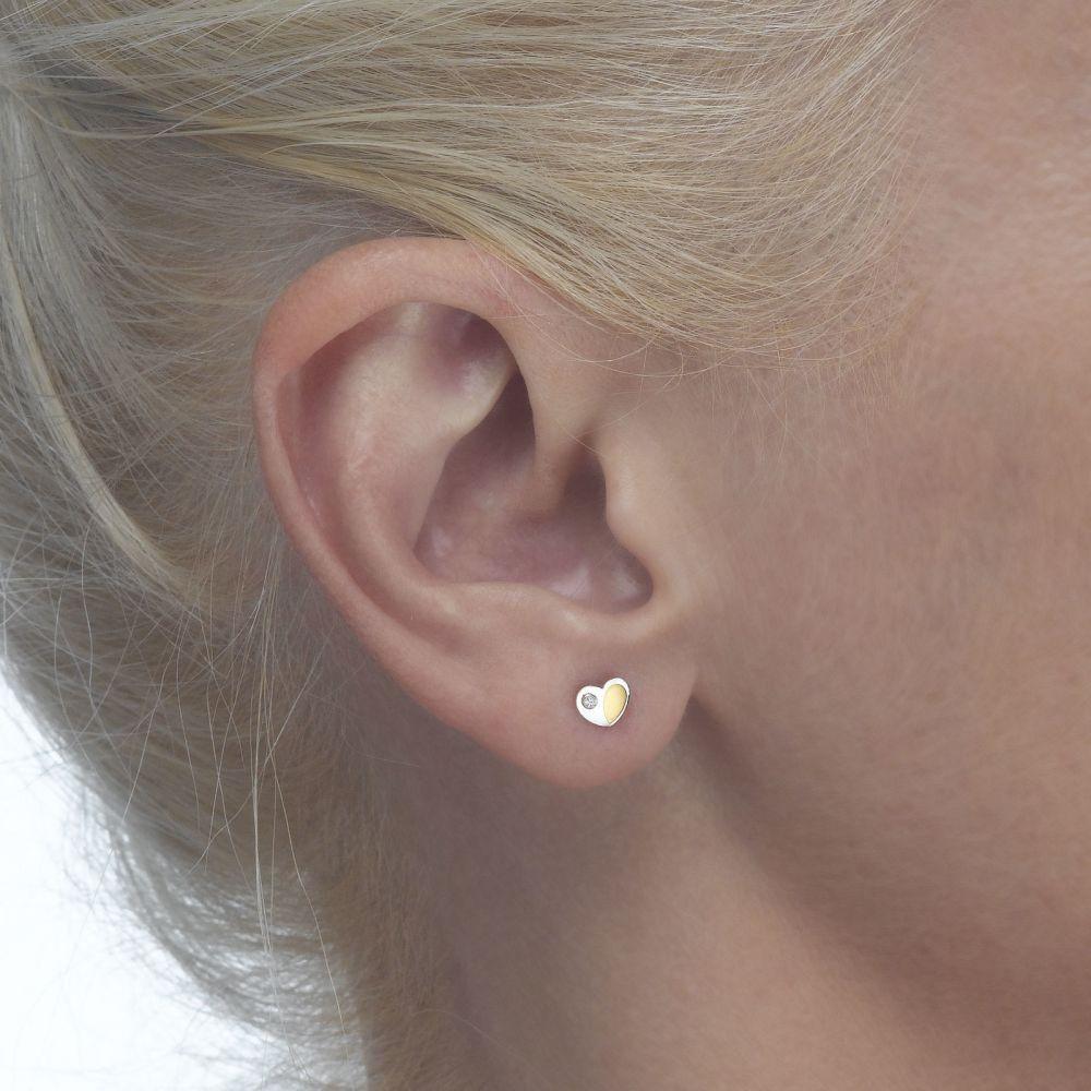 תכשיטים מזהב לילדות   עגילי זהב צמודים -  לב פופסי