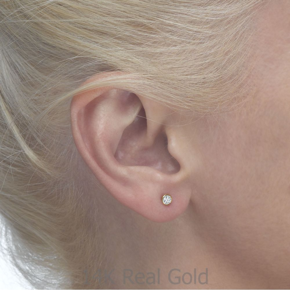 תכשיטים מזהב לילדות | עגילים צמודים מזהב צהוב 14 קראט - עיגול מנצנץ - עדין