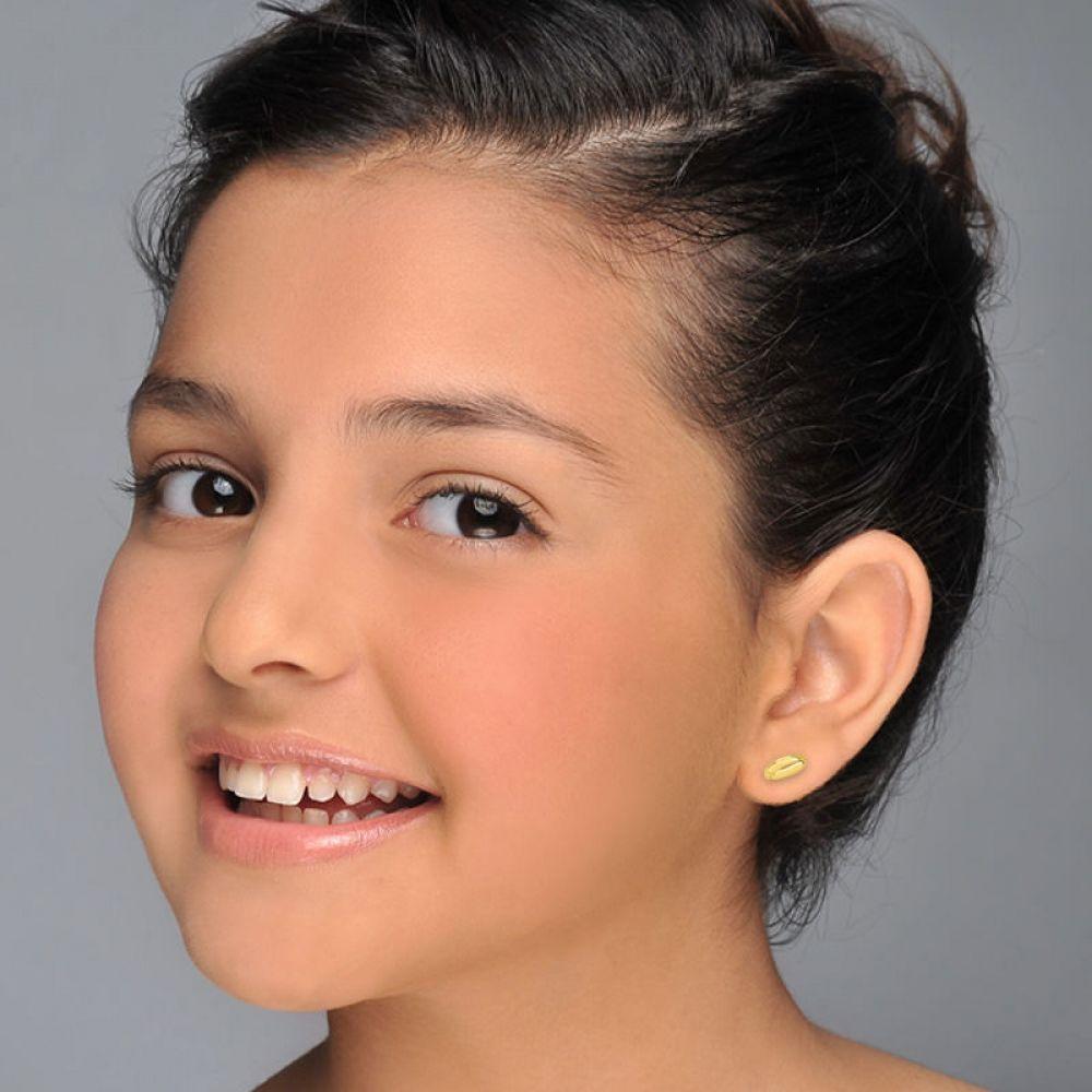 תכשיטים מזהב לילדות | עגילים צמודים מזהב צהוב 14 קראט - חלק סהרונים