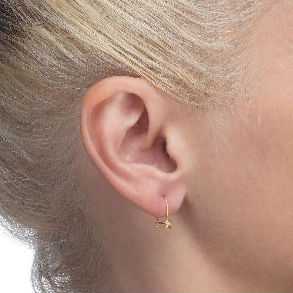 תכשיטים מזהב לילדות | עגילי זהב תלויים - כוכב נפטון