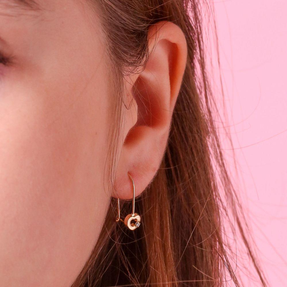 תכשיטים מזהב לילדות | עגילים תלויים מזהב צהוב 14 קראט - לב מייסי
