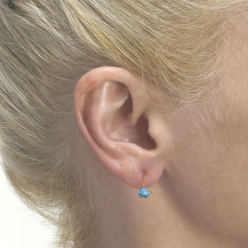 תכשיטים מזהב לילדות | עגילים תלויים מזהב צהוב 14 קראט - צב צבעוני - תכלת