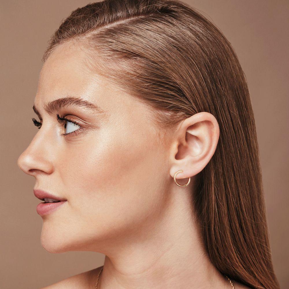 תכשיטי זהב לנשים | עגילים צמודים מזהב צהוב 14 קראט - סאנרייז