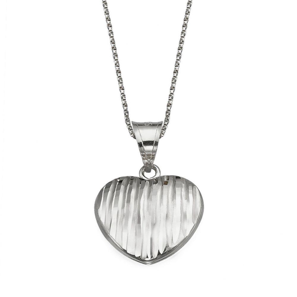 תכשיטי זהב לנשים | תליון מזהב לבן - לב מנצח
