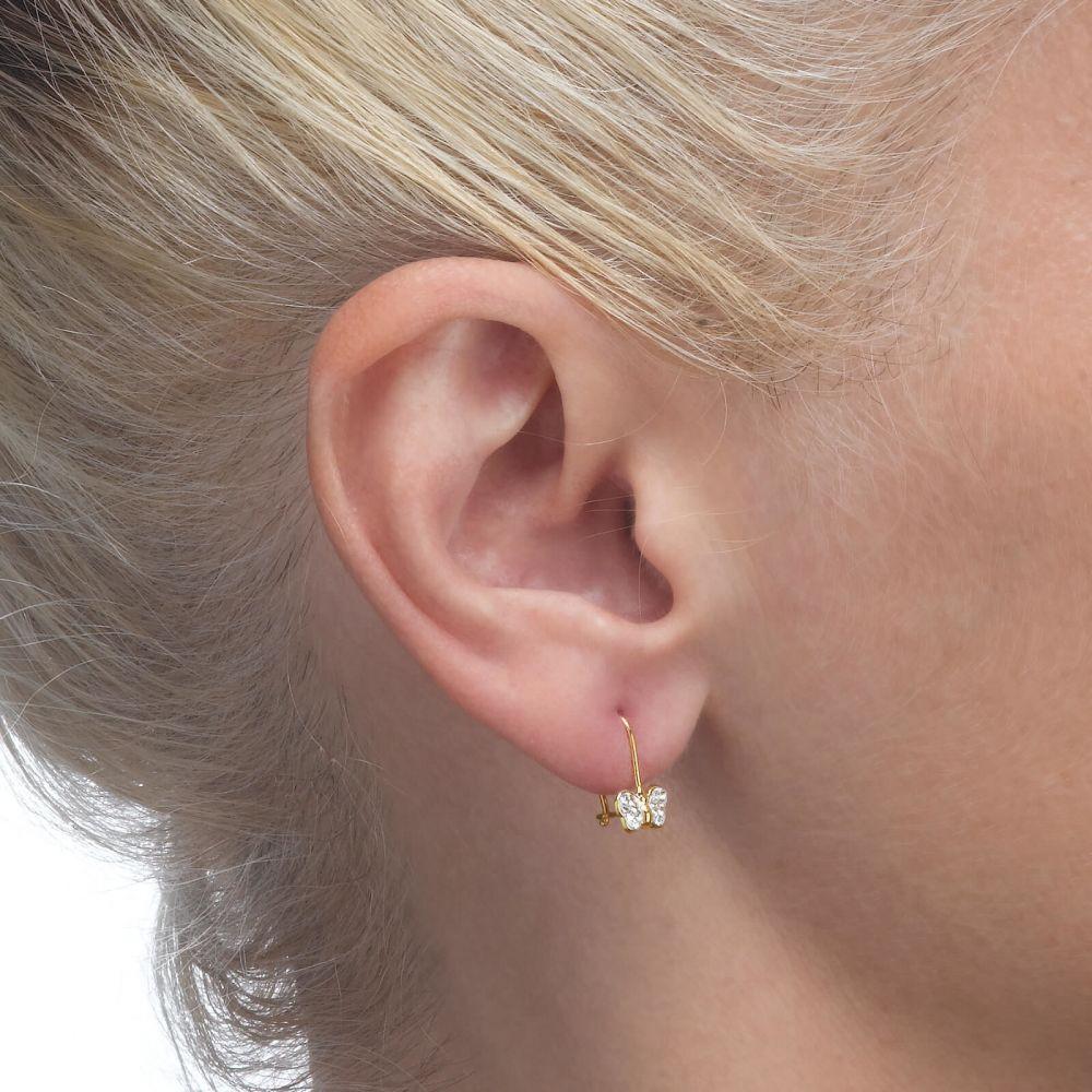 תכשיטים מזהב לילדות | עגילים תלויים מזהב צהוב 14 קראט - פרפר קורין