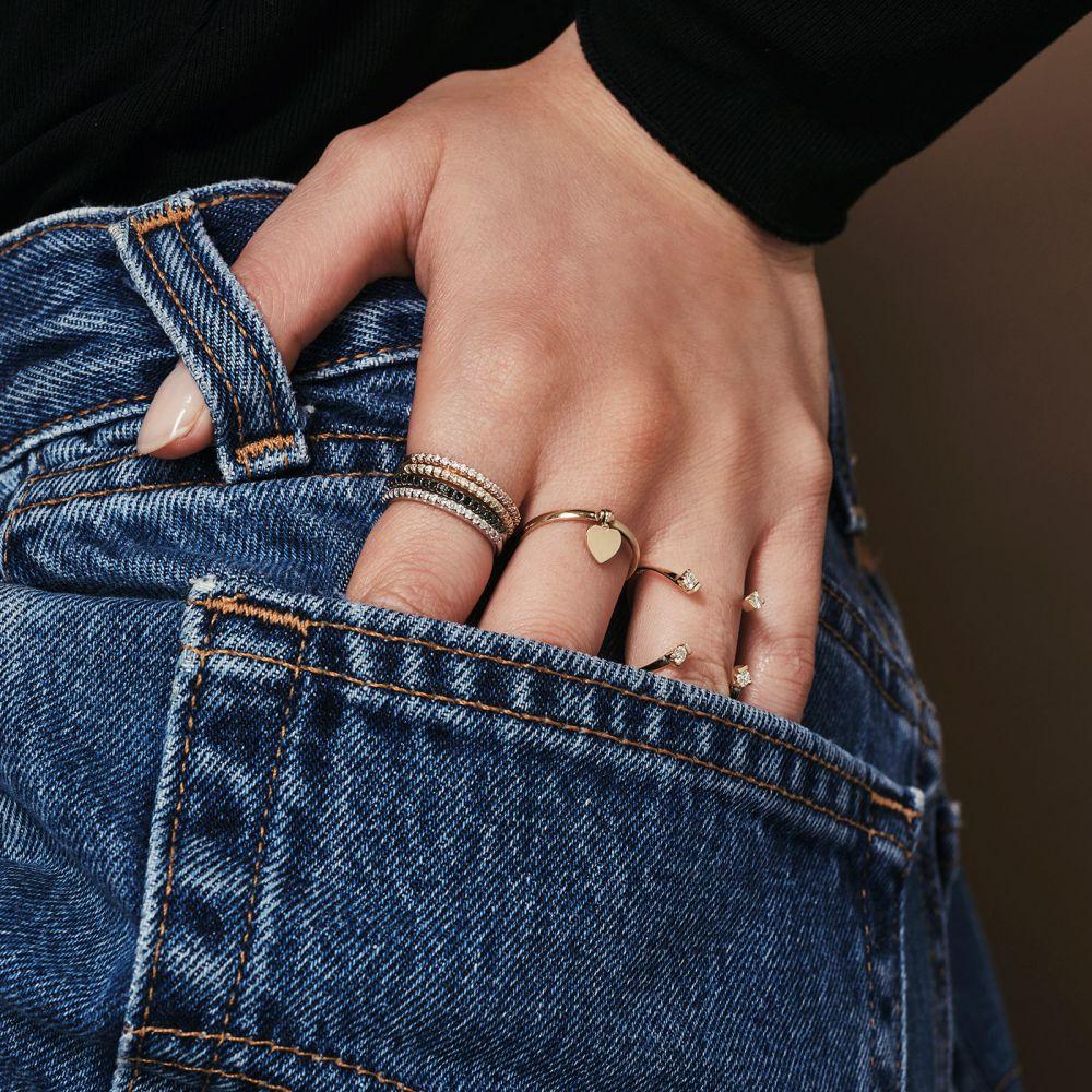 תכשיטי זהב לנשים | טבעת עם צ'ארם מזהב צהוב 14 קראט - צ'ארם לב