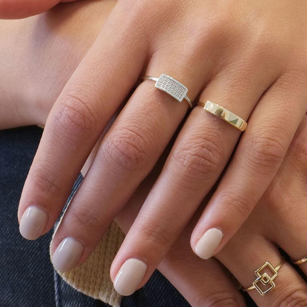 תכשיטי זהב לנשים   טבעת מזהב לבן 14 קראט -   מרלין