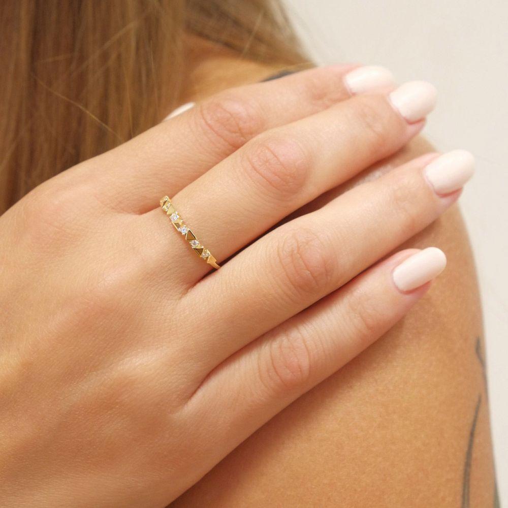 טבעות זהב   טבעת מזהב צהוב 14 קראט - משולשים מאי