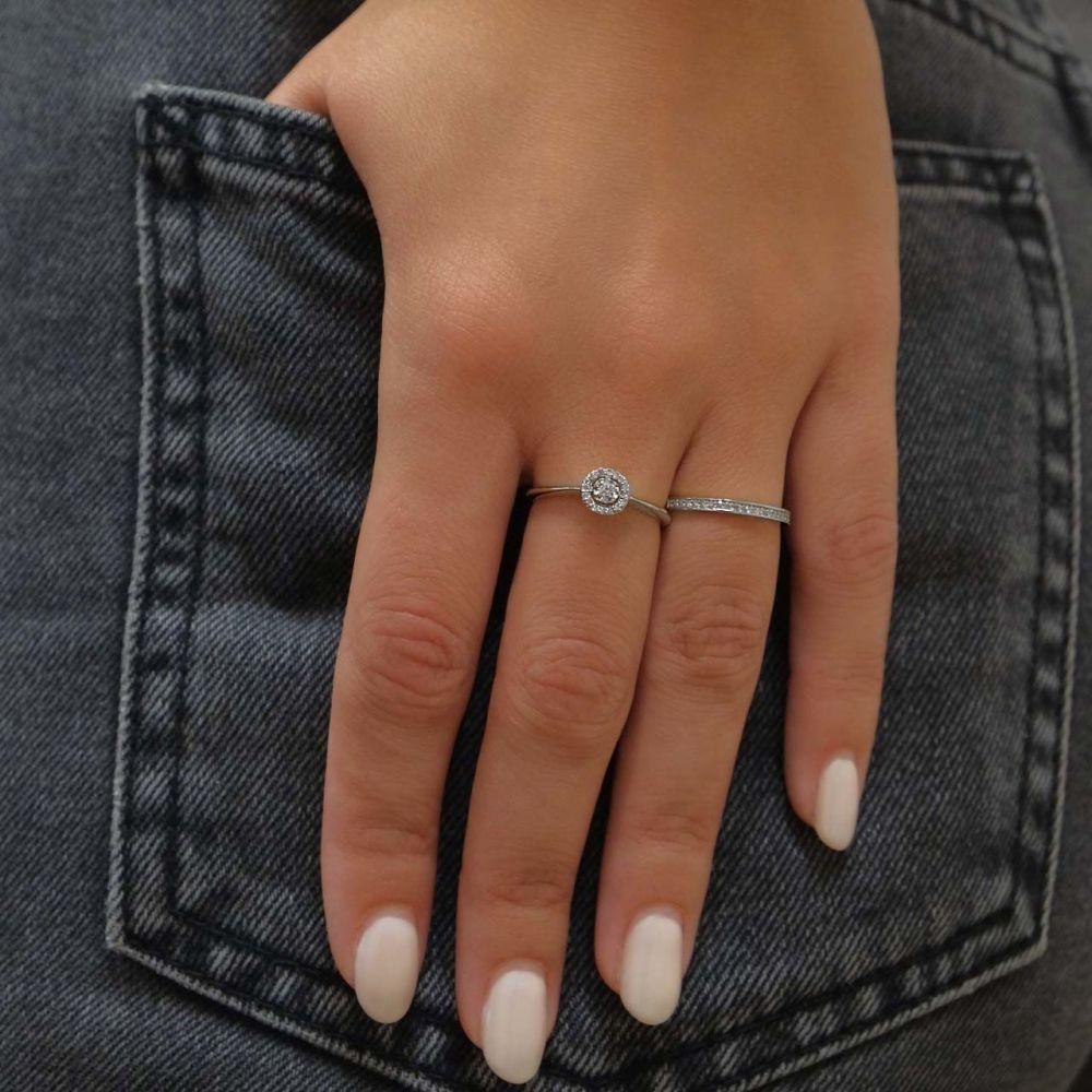 תכשיטי יהלומים   טבעת יהלום מזהב לבן 14 קראט  - מלודיה