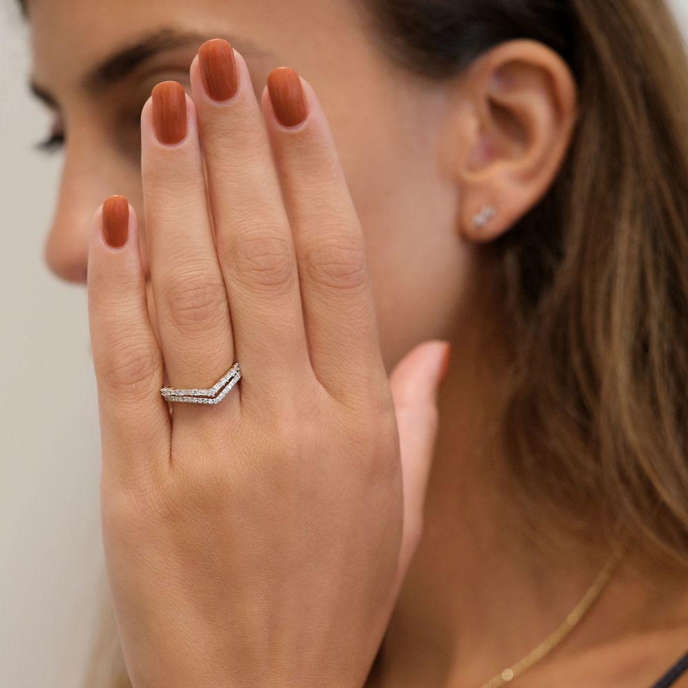 תכשיטי יהלומים   טבעת יהלומים מזהב צהוב 14 קראט - קייט