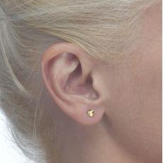 עגילי זהב צמודים -  לב משמעותי-קטן