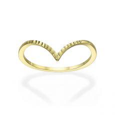 טבעת מזהב צהוב 14 קראט -  וי מבריק