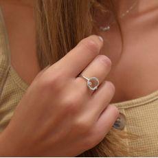 טבעת מזהב לבן 14 קראט - עיגול וזירקון