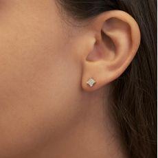 עגילי יהלומים צמודים מזהב לבן 14 קראט - מעוין יהלומים