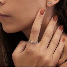 טבעת יהלומים מזהב לבן 14 קראט - לורי