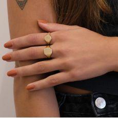 טבעת חותם מזהב צהוב 14 קראט - חותם ריבועי מט
